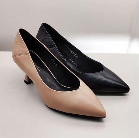 富贵鸟 2019春季新款女鞋 FW9122223  黑色/浅棕