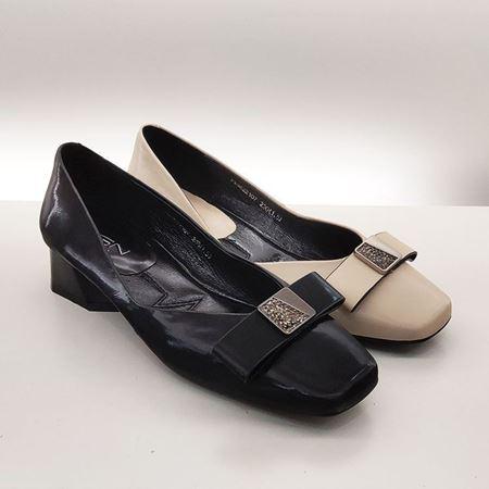 富贵鸟 2019秋季新款女鞋 FW9622107 黑色/米色